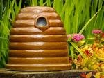 Eco Friendly Ceramic Bee Skep Wildlife Habitat With Nesting Material