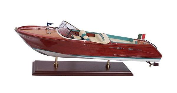 SMM-01-PM Riva Aquarama 1962 Model Ship