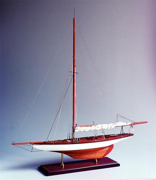 SM-17 Tuiga 1909 Model Ship
